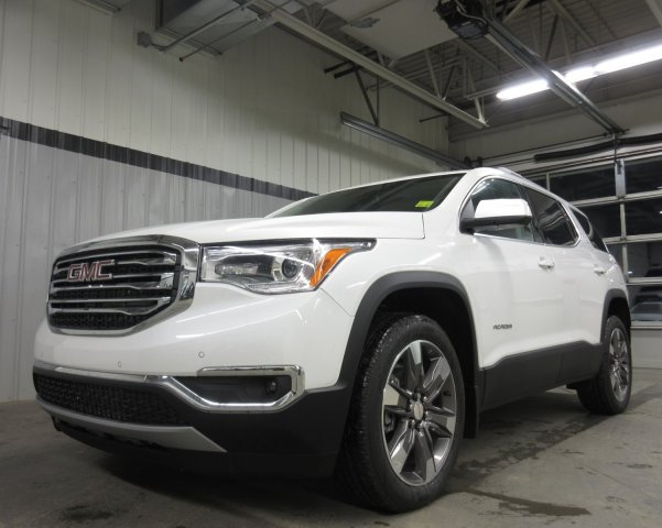 New 2019 GMC Acadia SLT  Text 780-872-4598 for more information! AWD